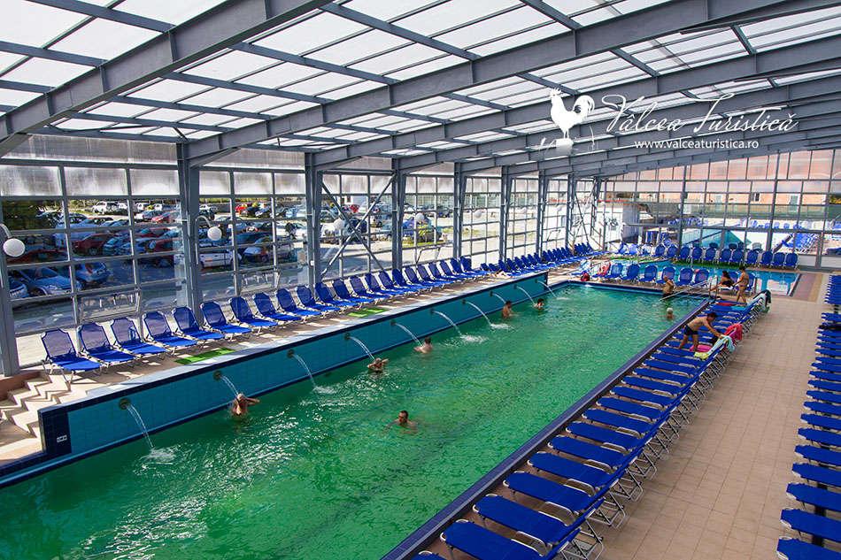 Aqua Park Cozia - Bazine cu apa termala