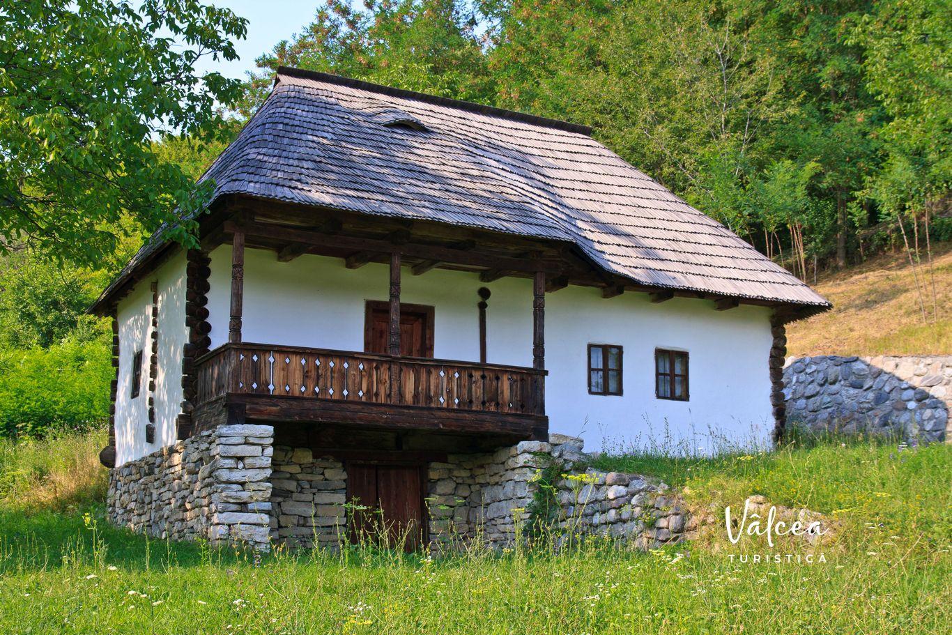 Muzeul Satului – Bujoreni