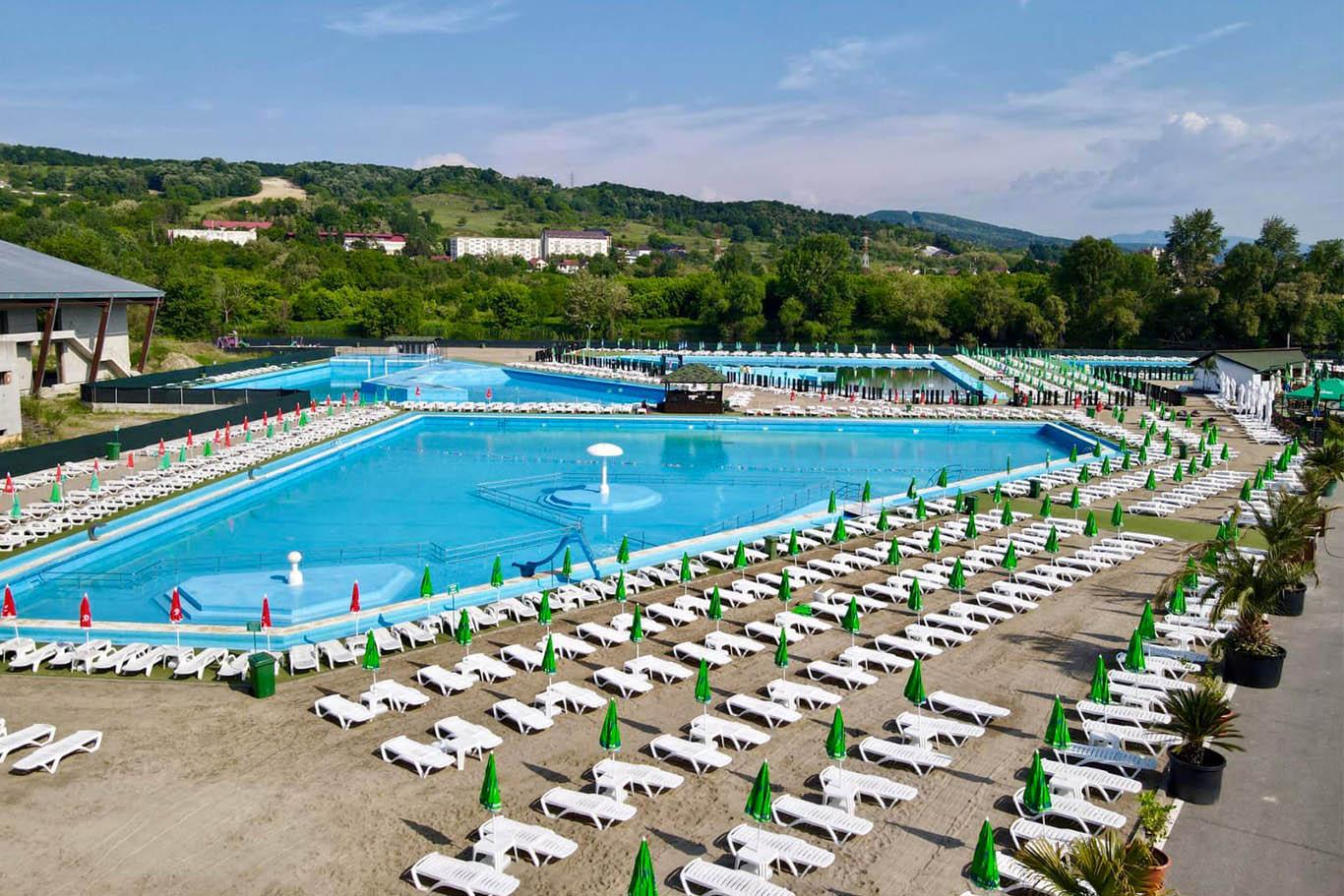 Bazinele cu apa sarata - Strand Ostroveni Ramnicu Valcea