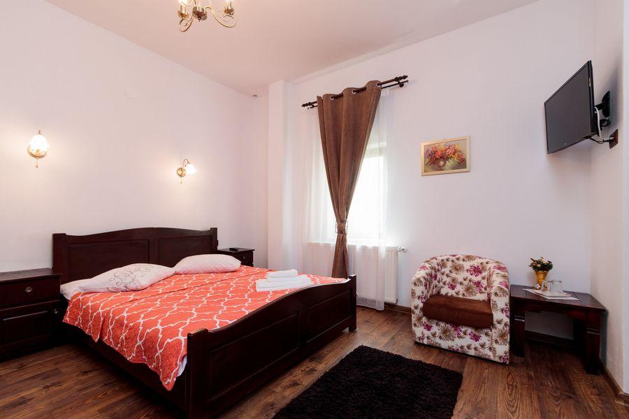 Cameră cu pat dublu
