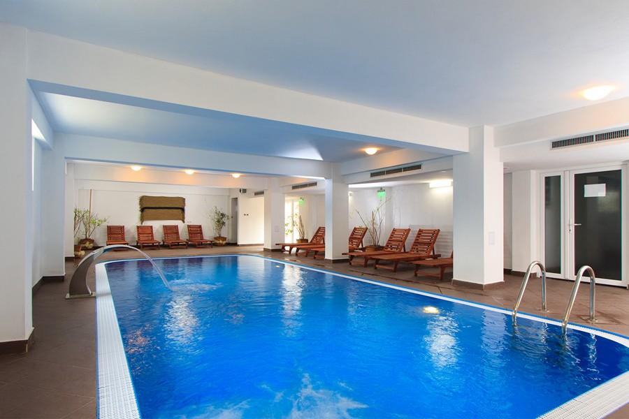 piscina-caciulata-hotelul-domnitei-9