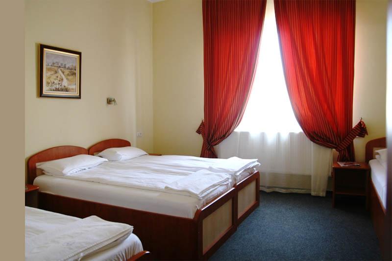 Motel KMZ