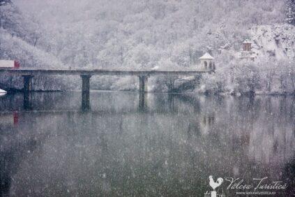 Viaductul Valea Postei. Calimanesti - Valcea