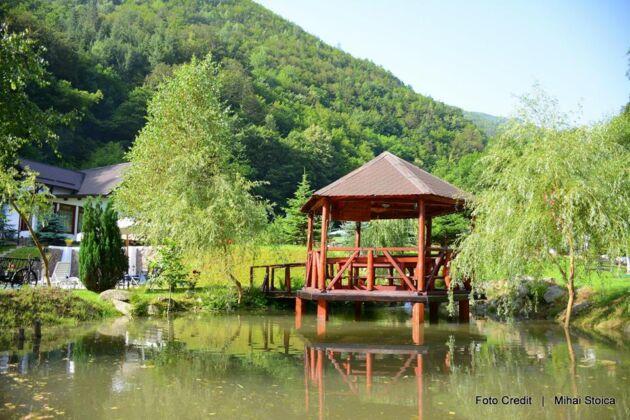 Complex Turistic Țara Loviștei