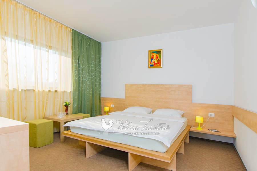 pensiunea-carpe-diem-camere-cazare-ramnicu-valcea-6